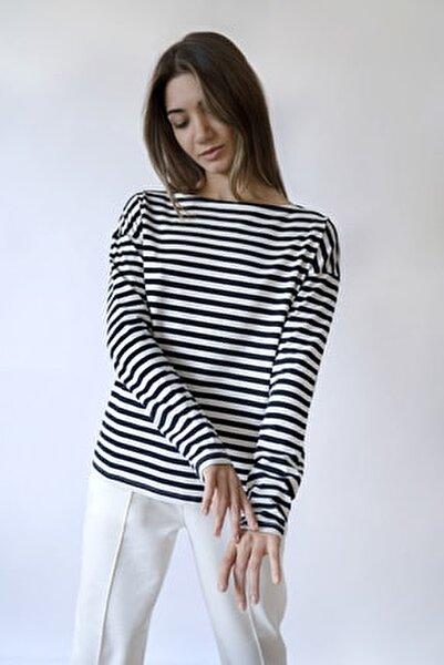 Kadın Çizgili Uzun Kollu Kayık Yaka T-shirt