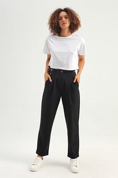 Quzu Kadın Beyaz Basic Crop Tişört