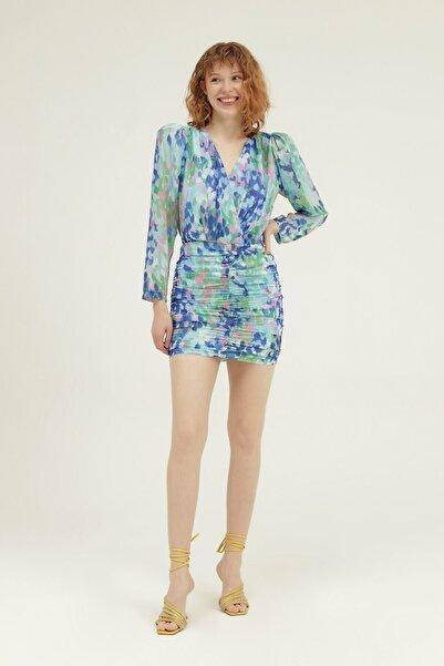 Quzu Kadın Mavi Desenli Kruvaze Mini Elbise