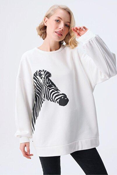 butikburuç Kadın Zebra Baskılı Sweat