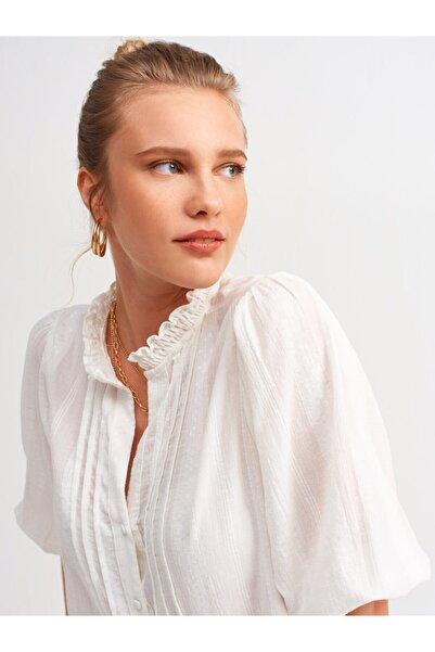 Dilvin Kadın Ekru Nervür Detaylı Balon Kol Gömlek 101A05807