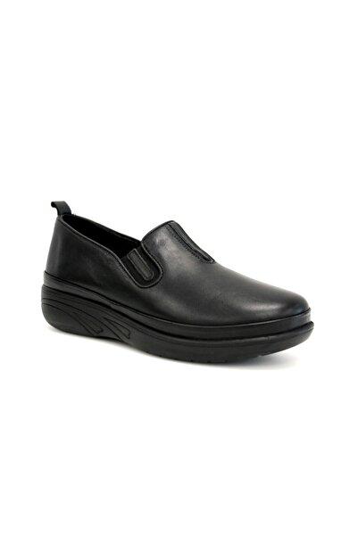 Beta Kadın Siyah Deri Günlük Ayakkabı