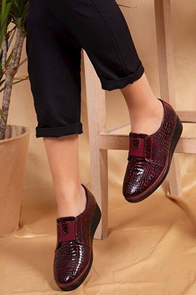 Gondol Kadın Bordo Klasik Ayakkabı