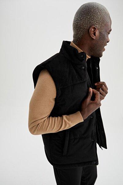 DeFacto Erkek Siyah Regular Fit Kadife Şişme Yelek