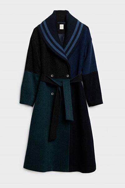 Yargıcı Kadın Lacivert Blok Renkli Palto 0KKPL5112X