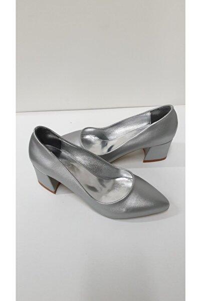 Almera Kadın Gümüş Klasik Topuklu Ayakkabı