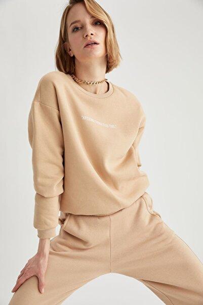 DeFacto Kadın Vizon Yazı Baskılı Relax Fit Sweatshirt