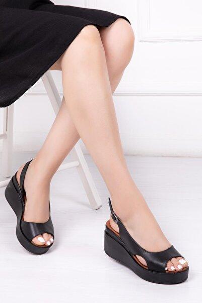 Deripabuc Hakiki Deri Siyah Kadın Dolgu Topuklu Deri Sandalet Dp-86283