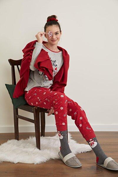 DeFacto Fit Yılbaşı Konseptli Uzun Kollu Pijama Takımı