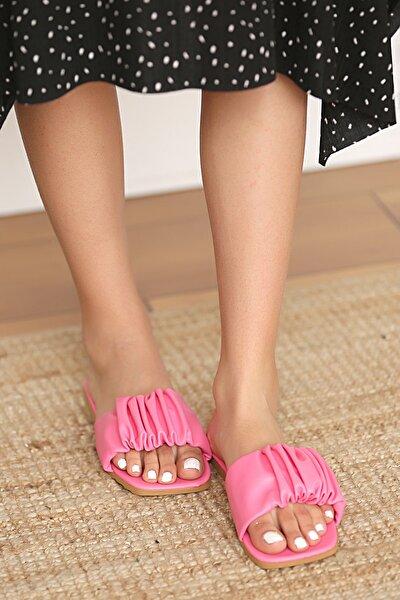 Pembe Potin Kadın Fusya Sandalet