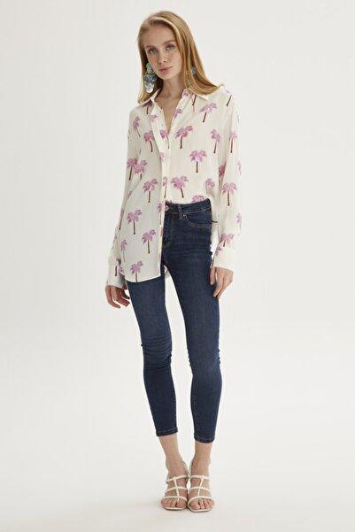 Setre Kadın Pembe Gömlek Yaka Gizli Pat Uzun Kol Baskılı Ve Pullu Tunik