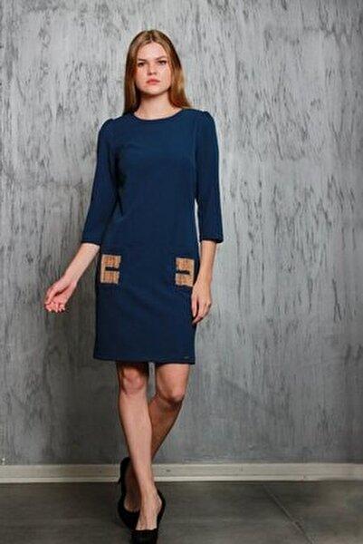 Lacivert Truvakar Kol Ceplerinde Zincir Detaylı Elbise Je91791