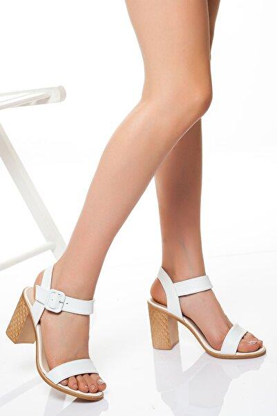 derithy Kadın Beyaz Klasik Topuklu Ayakkabı