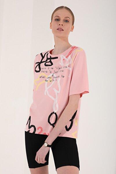 Tommy Life Pembe Kadın Karışık Desenli Yazı Baskılı Oversize O Yaka T-shirt - 97132