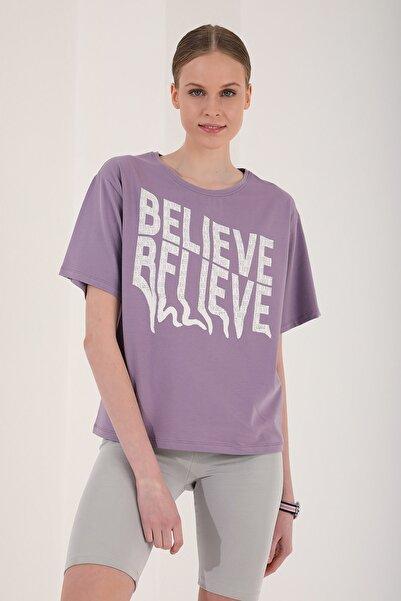 Tommy Life Kadın Eflatun Deforme Yazı Baskılı Oversize O Yaka T-shirt