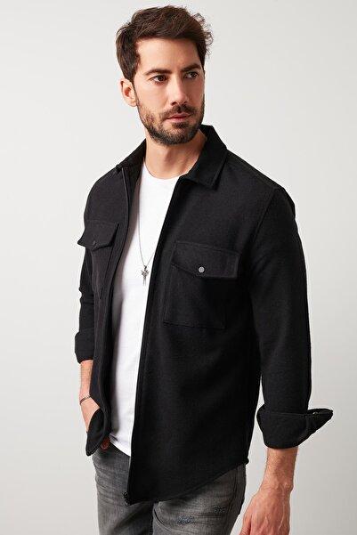 Buratti Erkek Siyah Çift Cepli Fermuarlı Slim Fit Kışlık Gömlek Cf21w112925