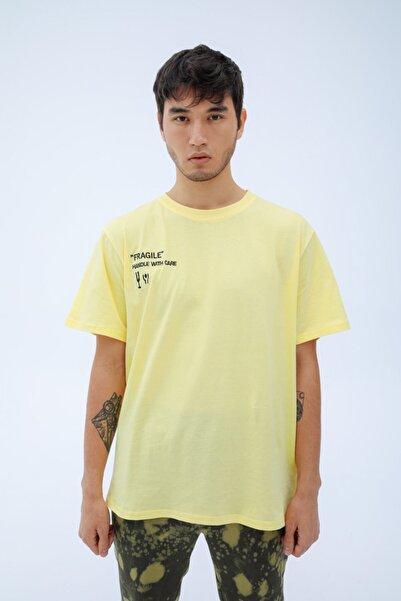 Fineapple Erkek Sarı Fragile T-shirt