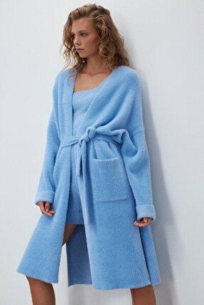 Kadın Mavi Yumuşak Doku Yırtmaçlı Triko Hırka