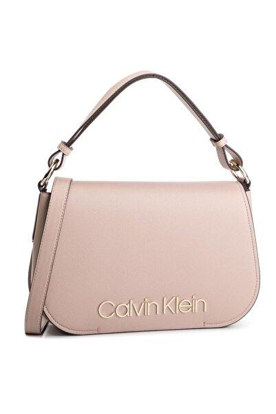 Calvin Klein Kadın Pembe Omuz Çantası