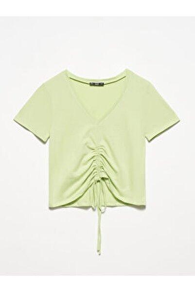 3551 Kadın  Yeşil V Yaka Önü Bağcıklı T-shirt