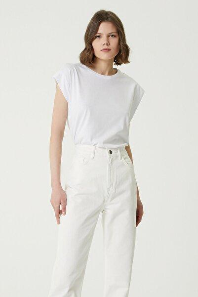 Network Kadın Basic Fit Beyaz Kol Detaylı T-shirt 1079414