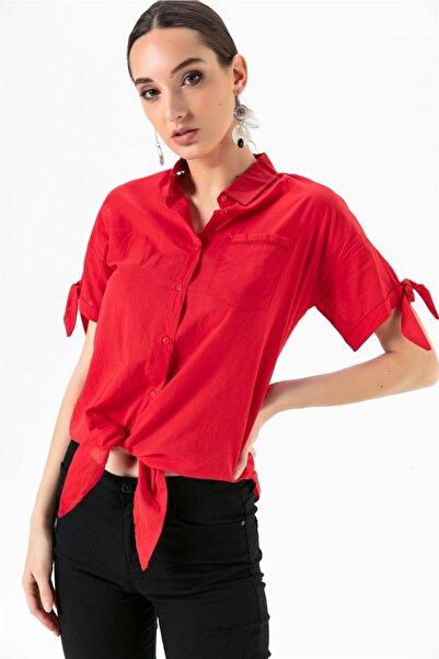 Kadın Sırtı Dantel Önden Bağlamalı Kısa Kol Gömlek Kırmızı