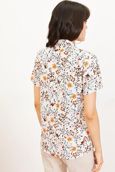 Kadın Çiçek Desen Kısa Kollu Keten Görünümlü Gömlek Turuncu 10061001
