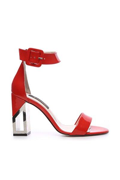 KEMAL TANCA Hakiki Deri Kırmızı Kadın Klasik Topuklu Ayakkabı 94 6500Y BN AYK Y19