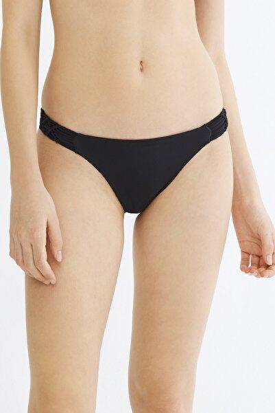 Penti Siyah Basic Macrame Bikini Altı