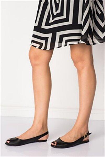 Fox Shoes Siyah Kadın Sandalet B726104509