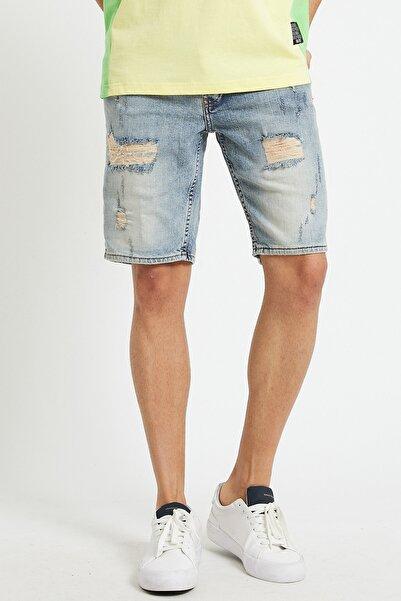 Erkek Buz Mavisi Yırtık Şort Jeans Kapri & Bermuda