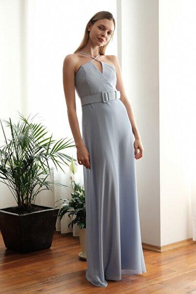 TRENDYOLMİLLA Mavi Askılı  Abiye & Mezuniyet Elbisesi TPRSS20AE0276
