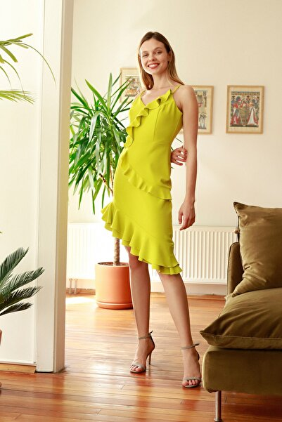 Sarı Volanlı Elbise TPRSS20EL2648