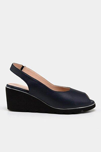 Hotiç Hakiki Deri Lacivert Kadın Topuklu Sandalet