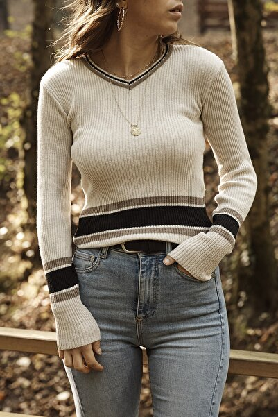 XHAN Kadın Taş Rengi Taş Rengi V yaka Çizgili Kazak 9yxk6-41564-56