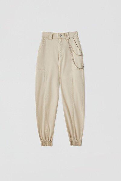 Pull & Bear Kadın Zincirli Kargo Pantolon 05671301