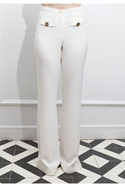ÖZLEM AHIAKIN Ispanyol Paça Beyaz Pantolon