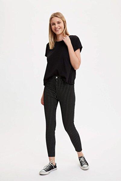 DeFacto Kadın Siyah Anna Ankle Super Skinny Fit Çizgili Dokuma Pantolon R1827AZ.20SM.BK27