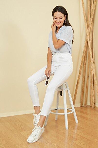 Kadın Beyaz Bilekte Dar Paça Yüksek Bel Pantolon  20KPA467K102