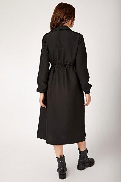 Kadın Siyah Önü Boydan Düğmeli Trençkot 5671