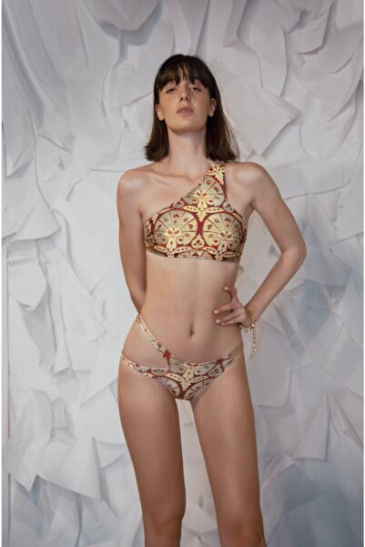 Asimetrik Yakalı Bikini Üstü
