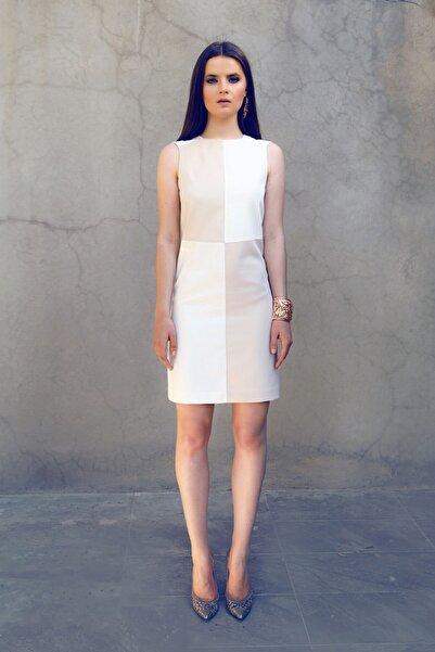 Ece Salıcı Damalı Elbise