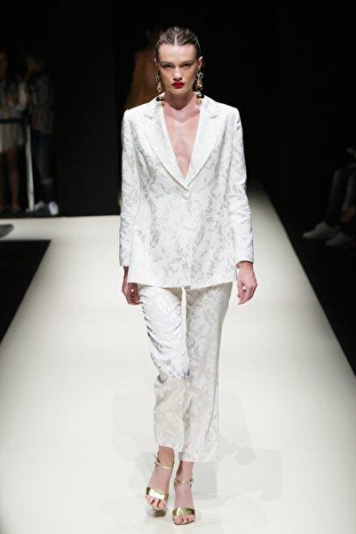 Meltem Özbek Kadın Beyaz Classic Ceket