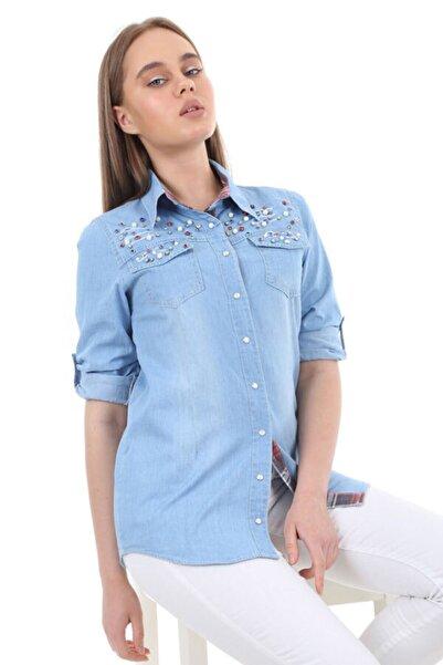 Kadın Mavi Boncuk Detaylı Yırtıklı Kot Gömlek