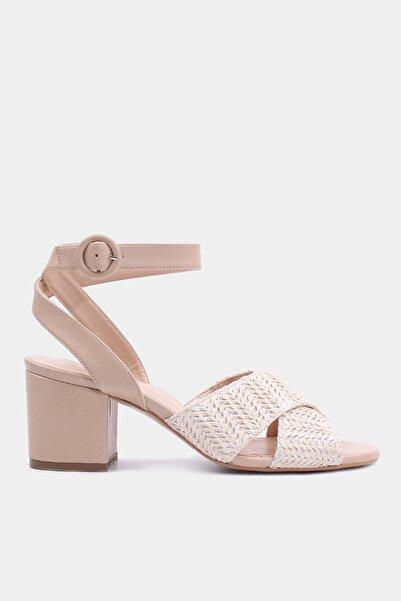 Hotiç Naturel Kadın Topuklu Sandalet