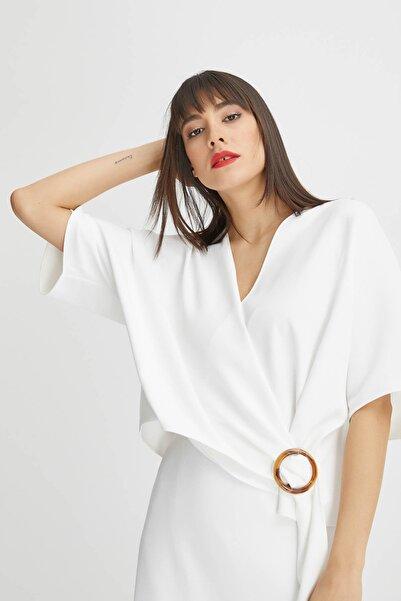 Gusto Kadın Beyaz Anvelop Kesim Bluz 20YG001525