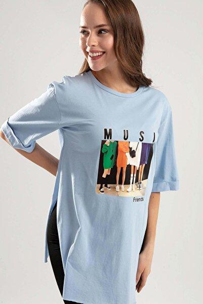 Y-London Kadın Mavi Baskılı Yandan Yırtmaçlı Duble Kol Tişört Y20S110-4154