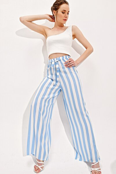 Trend Alaçatı Stili Kadın Mavi Bol Paça Viscon Pantolon Alc-X4354