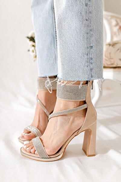 Limoya Charlotte Ten Süet Taş Detaylı Yüksek Topuklu Ayakkabı