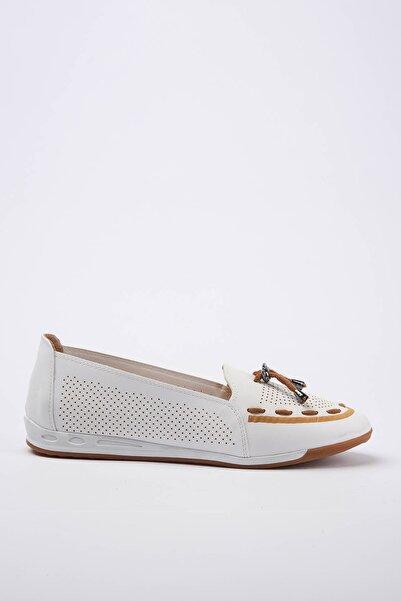 Yaya  by Hotiç Kadın Beyaz Loafer Ayakkabı 01AYY180880A900